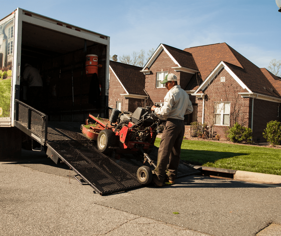 6 Important Qualities in a Landscaper